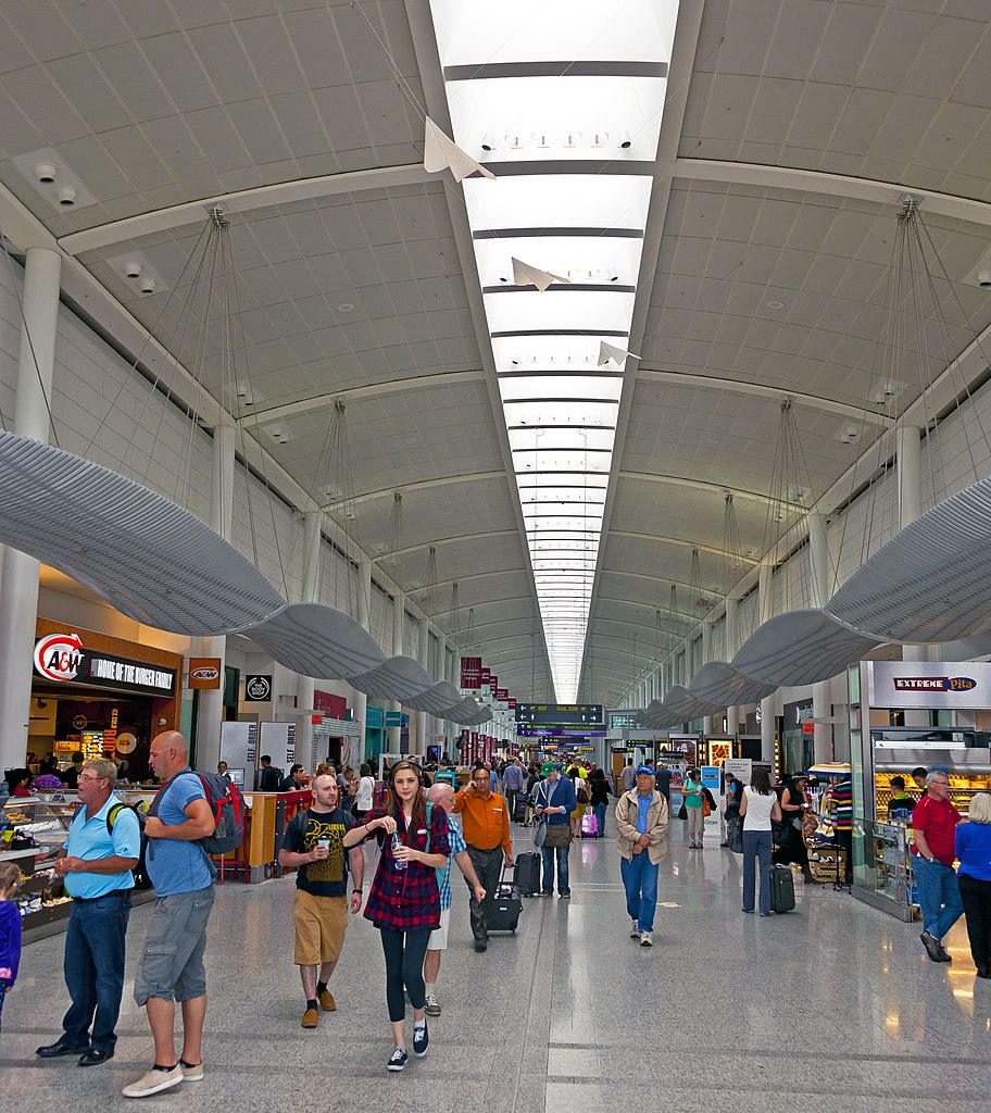 Toronto Pearson International Airport: File:Interior Of Toronto Pearson Airport Terminal 1.jpg