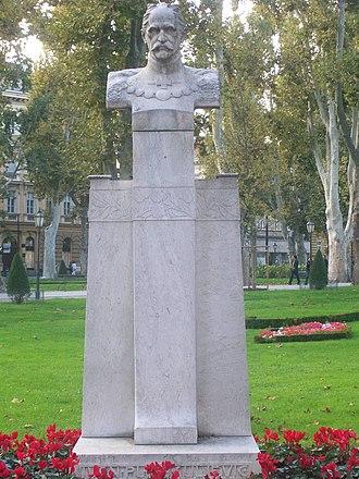 Ivan Kukuljević Sakcinski - Statue of Ivan Kukuljević Sakcinski in Zagreb's Nikola Šubić Zrinski Square