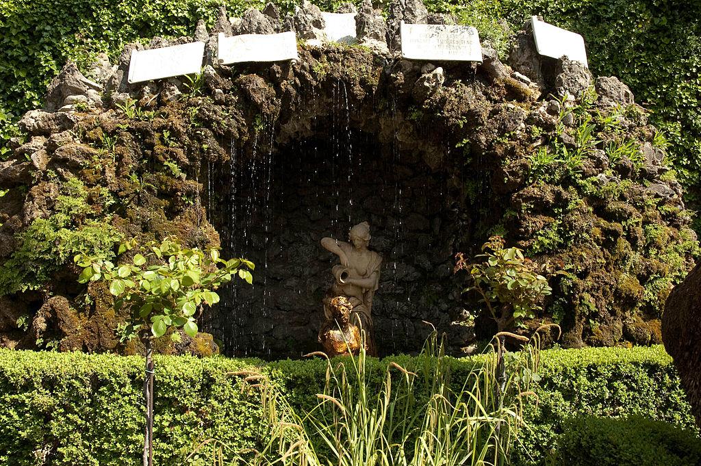 Jardín de El Carmen de los Mártires (Granada).jpg