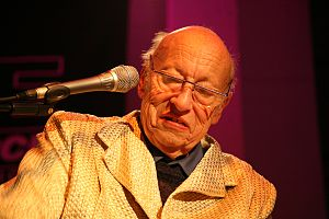 Jean-Jacques Perrey - Perrey at a concert in 2006