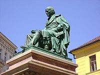 Josef-Jungmann-Statue-Prague2011b.jpg