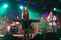 Julia Holter und Band (Haldern Pop 2013) IMGP2536 smial wp.jpg