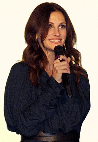 Julia Roberts - Roberts in Paris promoting Eat Pray Love, September 2010