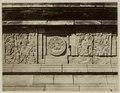 KITLV 28305 - Isidore van Kinsbergen - Relief with part of the Ramayana epic in front of Panataran, Kediri - 1867-02-1867-06.tif