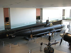 Kairyu class submarine at the Yamato Museum Oct 2008.jpg
