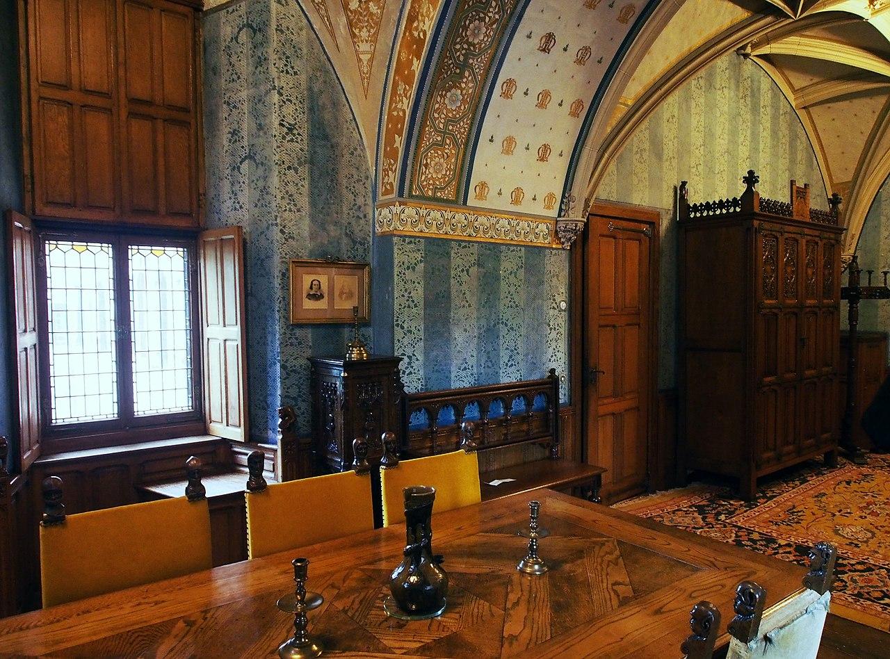 File kasteel de haar interieur 30 jpg wikimedia commons for Interieur wikipedia