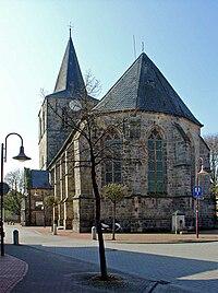 Kerk Uelsen.jpg