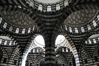 Khan As'ad Pasha - Interior view of the khan's arches and inner domes