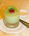 Kiwi pudding, Holiday Restaurant, Semarang, 2014-06-19.jpg