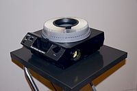 Kodak Carousel 4400 projector with 140-slide tray.jpg