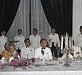 Koningin Juliana en president Soeharto tijdens het staatsdiner in het Merdekapal, Bestanddeelnr 254-9018.jpg