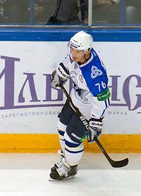 Korolyuk 2011-09-26 Amur—Heftekhimik KHL-game.jpeg