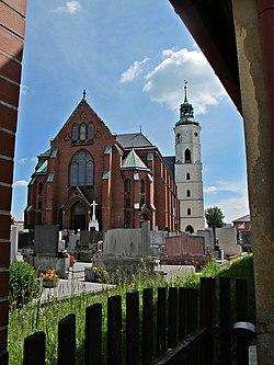 Kostel sv. Bartoloměje 1, pohled přes hřbitov..JPG