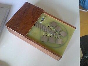 Circuit bending - Kraakdoos.