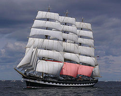 definition of mainsail