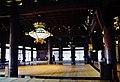 Kyoto Nishi Hongan-ji Amidahalle Innen 7.jpg