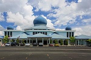 Lahad Datu District - Image: Lahad Datu Sabah Ar Raudah Mosque 01