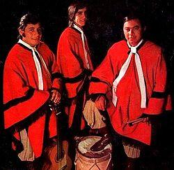 http://upload.wikimedia.org/wikipedia/commons/thumb/d/d1/Las_Voces_de_Or%C3%A1n_-_Fuerza_salte%C3%B1a_(1974).jpg/250px-Las_Voces_de_Or%C3%A1n_-_Fuerza_salte%C3%B1a_(1974).jpg