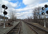 Lechmere Warehouse platforms and Lowell Line signals, April 2017.JPG