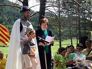 Pi de les Tres Branques - The poem being recited at the 2014 annual gathering