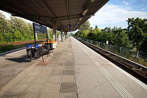 Lehnitz station - Platform of Lehnitz station