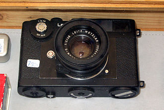 Leica CL - Bottom of the CL