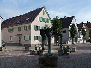 Leipheim - Image: Leipheim, sculptuur op de Stadtberg foto 15 2016 08 03 09.47