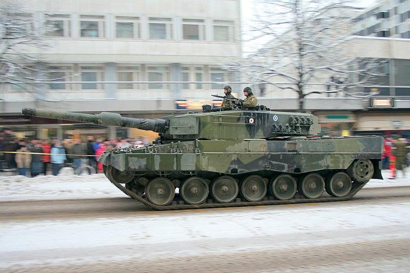 File:Leopard 2A4 Main Battle Tank (Finland).JPG