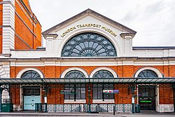 London Transport Museum (42206944281).jpg