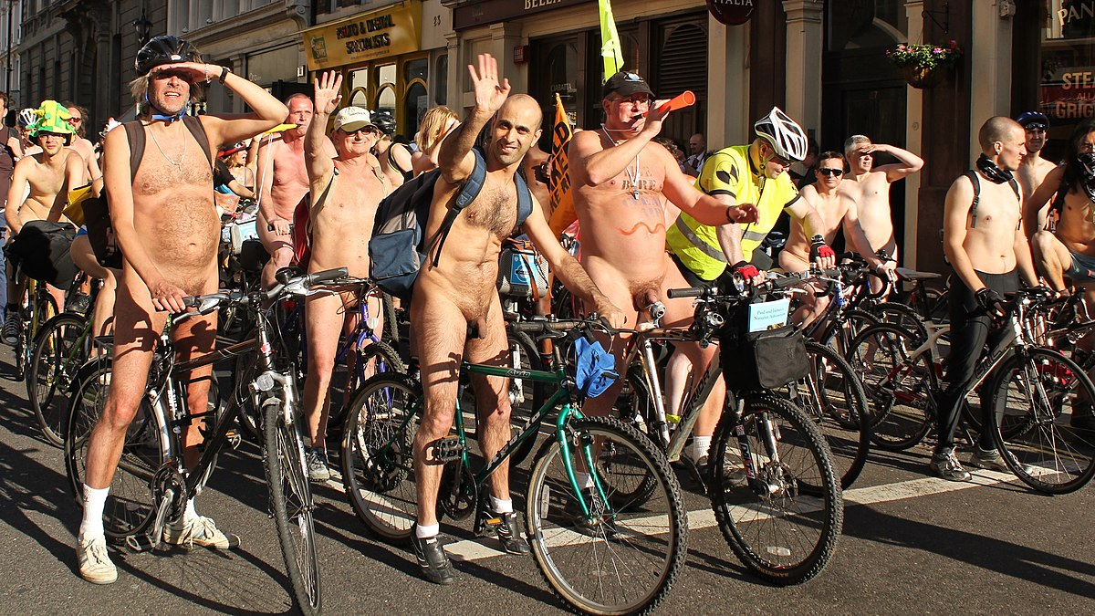 Naked bike protesters pics, tranny surprise wendy