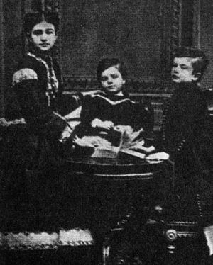 Kogălniceanu family - From right: Vasile, Ion and Lucia Kogălniceanu, photographed during the 1850s