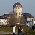 Luzenberg-Wasserturm und Schule - panoramio.jpg