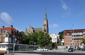 Lysekil - Image: Lysekils kyrka sedd från hamnen