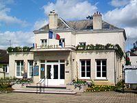 Méry-sur-Oise (95), mairie.jpg