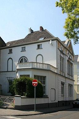 Wilhelm-Niessen-Straße in Mönchengladbach