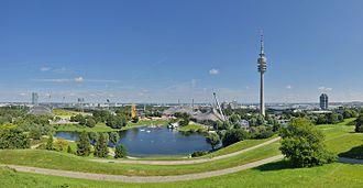Olympiapark (Munich) - Image: München Olympische Bauten