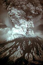 1980年5月18日圣海伦火山爆发的照片