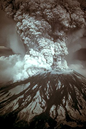 1980 eruption of Mount St. Helens - Photograph of the eruption column, May 18, 1980.