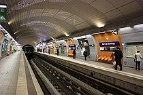 Mairie de Montrouge - Paris Metro 5714.JPG