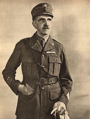 Ernst Linder - Image: Major General Ernst Linder, circa 1940s
