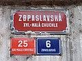 Malá Chuchle, Zbraslavská 6, domovní čísla a název ulice.jpg