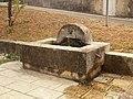 Malataverne-FR-26-fontaine-01.jpg