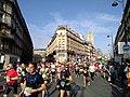 Marathon de Paris 2018 - Coureurs au km 4.jpg