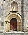 Marthon 16 Église portail 2013.jpg