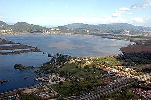 Lake Massaciuccoli - Image: Massaciuccoli lake overview