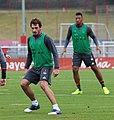 Mats Hummels Training 2017-03 FC Bayern Muenchen-8.jpg