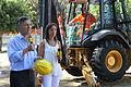 Mauricio Macri anuncia inicio de obras de la Línea H en Plaza Francia (6714818043).jpg
