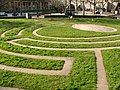 Maze near Pulteney weir Bath - geograph.org.uk - 414488.jpg