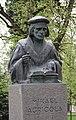 Mikael Agricola bust Lahti 5.jpg