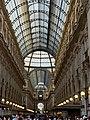 Milano - interno galleria Vittorio Emanuele .jpg